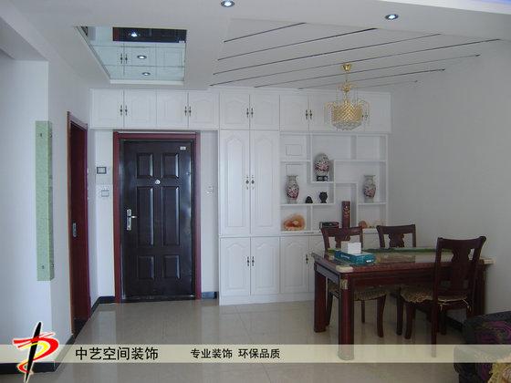 门厅餐厅造型吊顶及酒柜柜装修制作效果实景照片